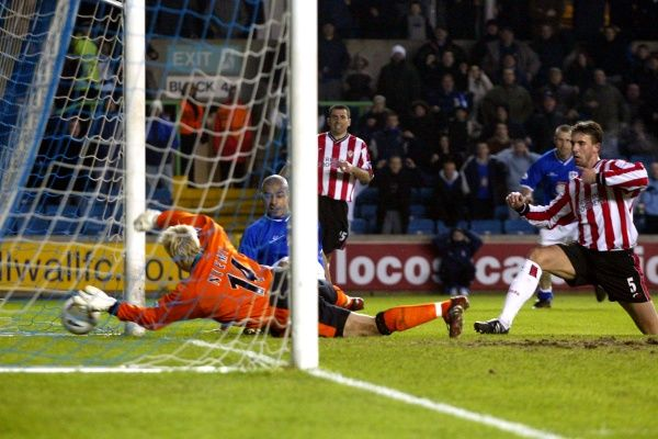 Millwall's Steven Reid scores the equalizing goal against Southampton